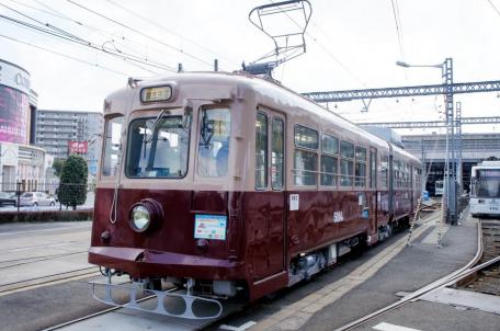 熊本市電 車両と風景写真