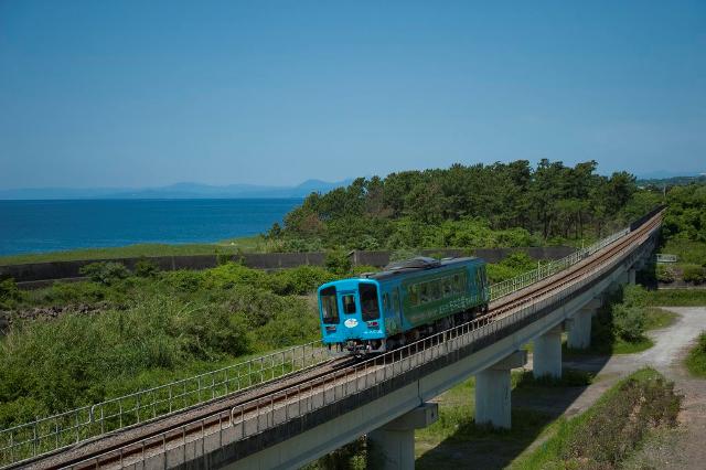 土佐くろしお鉄道 車両と風景写真
